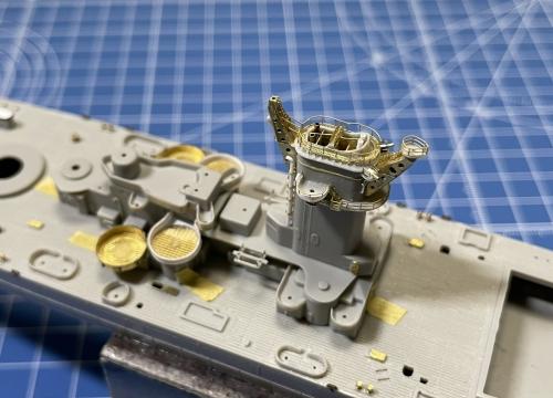 米海軍 大型巡洋艦『アラスカ』(USS CB-1 1944年11月~12月頃) 製作中 煙突仮設置 S__1851425◆模型製作工房 聖蹟